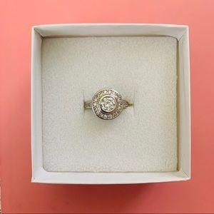 Premier Designs Circle White Sapphire Ring Size 7